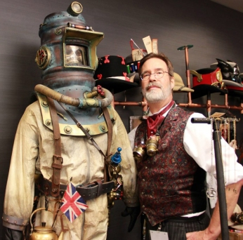 "Fred Jeska aka Cmdr. ""Whiskey Nick"" Triton at the 2013 Nova Albion Steampunk Exhibition. Credit: Clara Blackheart"